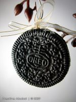 Faux Oreo Cookie Ornaments by CreativeAbubot