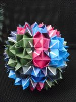 Spiky Ball by iDoux