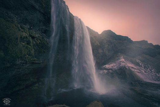 Seljalandsfoss by MD-Arts
