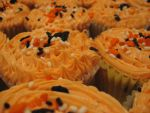 Halloween Cupcakes by IconicDreams