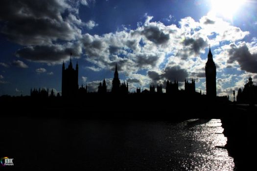 Parliament by KirstysCakes