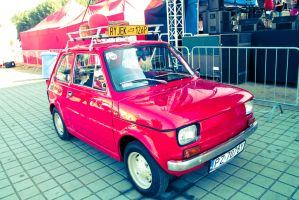 Fiat 126p by Halfofthat