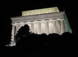 Things from DC: Lincoln Mem. by Killbot-Beauty