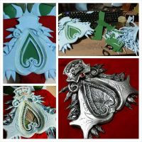 Ezio Auditore da Fire (Brotherhood) 's Belt Buckle by LadyAngelus