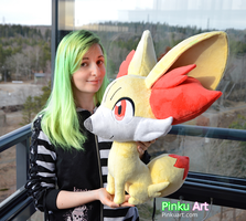 Lifesize Fennekin plush - Pokemon