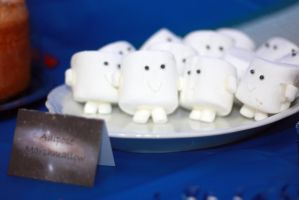 Adipose Marshmallows by holsen08
