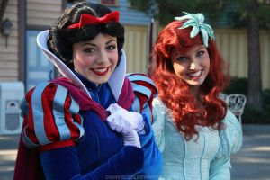 Snow White and Ariel by DisneyLizzi