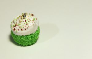 Lime cupcake charm by Guvy