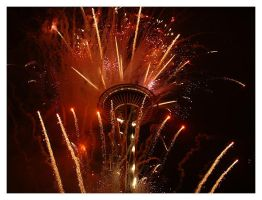Space Needle - New Years 2004 by fallout75