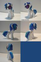 DJ Pon3/Vinyl Scratch by ChibiSilverWings