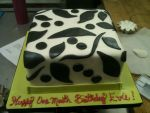 Black and White Modern Fondant Cake by Spudnuts