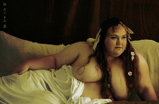 Odalisque by MissShyly