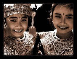 Balinese II by kalenisis