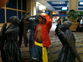 Metrocon 2012: Luffy VS The Weeping Angels by D-warrior35