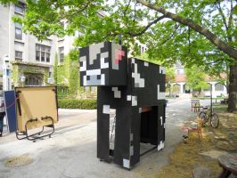 Minecraft Cow by pyrohmstr