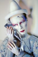 Blue Pierrot by Katyok