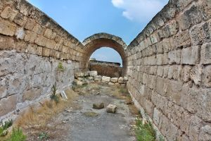 Salamis Tunnel by mariustipa