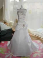 Minature wedding dress by sammytvr