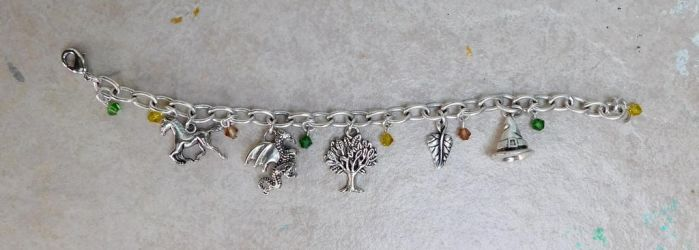Lord of the Rings/The Hobbit charm bracelet by FeynaSkydancer