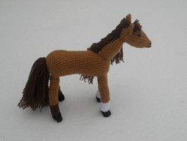 Brown Horse by onlyRa