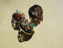 Rings and crystals by edelweiss-workshop