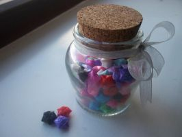 Jar of straw stars by Ilyere