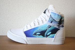 Custom painted Orca shoes-left shoe by methodmonkey