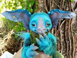 close up of Periwinkle, the fae art doll by twyliteskyz