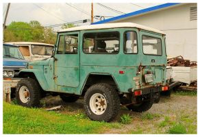 Old Toyota 4x4 by TheMan268