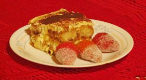 Tiramisu with Sugar Coated Strawberries by Kitteh-Pawz