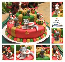 Kitty and Doggy Christmas Cake by The-Nonexistent
