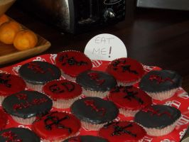 Fullmetal Alchemist and D.Gray-man Cupcakes by Lunaflowerwolf