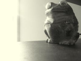Hypnotoad strikes back by NoirScenery