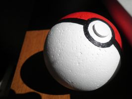 Pokeball by Pixie-Luv