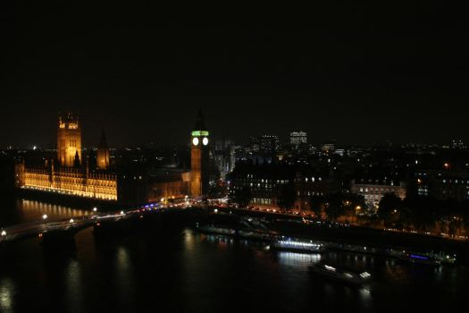 Westminster at Night by mikepaws