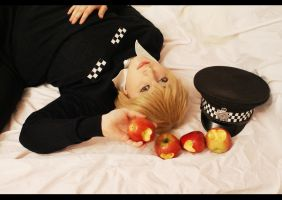 APH - Apples from the police by Sellheim