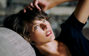 Milla Jovovich Wallpaper by Catsya