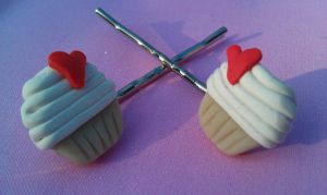 Vanilla Sweetheart Bobby Pins by Gynecology
