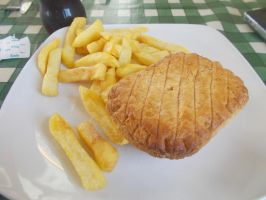 Another plate of Steak and kidney pie and chips by FFDP-Neko