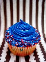 Memorial Day Cupcake by dashedandshattered