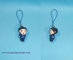 Phoenix Wright cell charm by lysen