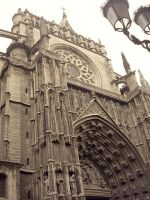 Exterior of Seville Cathedral by Artimise