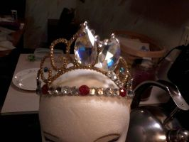 Tangled Crown WIP by supereilonwypevensie