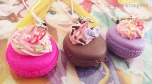 Macaroon Phone Charms by TokiBuni