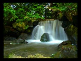 little waterfall by Giedzio
