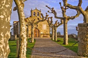 Hide and seek near the church. by MarioGuti