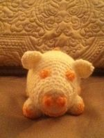 Peaches and Creme Piglet by babyboo69