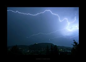 Thunderstruck by gEistiO