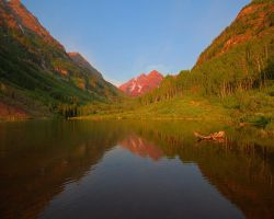 Maroon Bells by greenunderground