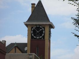 New Bern's Clock Tower by DreamsCanComeTrue67